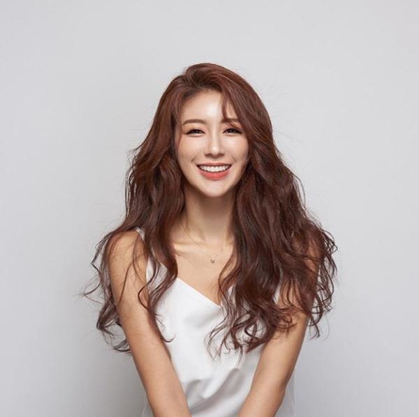김연정 '더더더 섹시해진 프로필' 한눈에 확 들어와