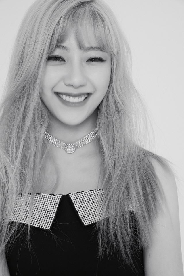 C9걸즈(가칭), 1st 멤버 지원 프로필 이미지+영상 공개…러블리 미소 '심쿵'