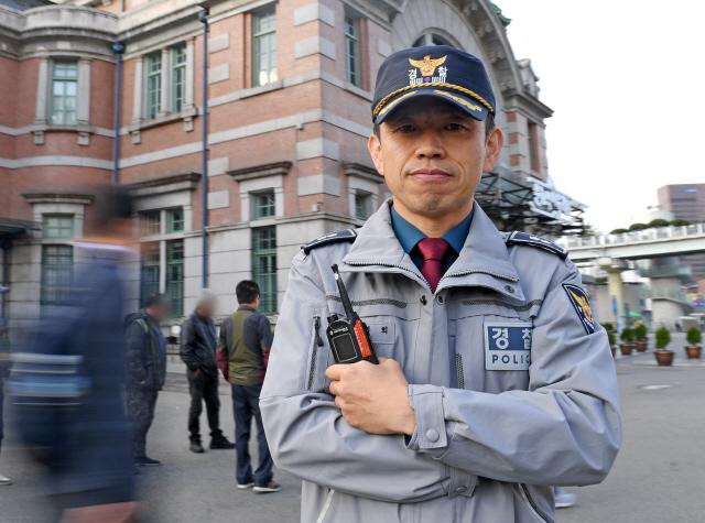 [이웃집 경찰관]'서울 관문'의 안전 책임…자활 성공한 노숙인 볼 땐 뿌듯하죠