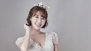 가수 나비, '11월의 신부' 된다...웨딩화보 공개