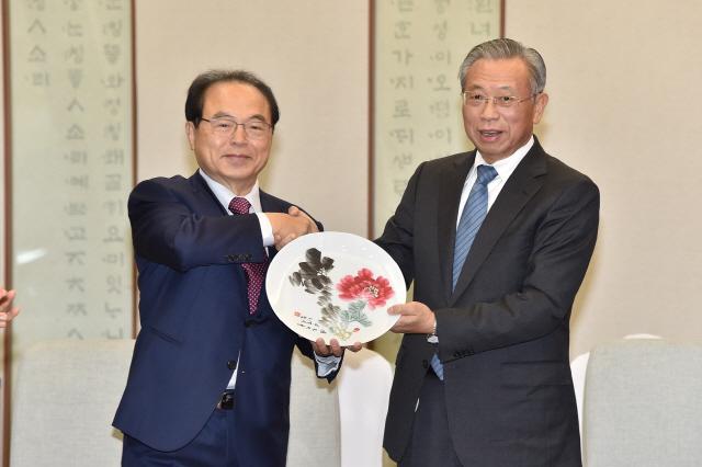 부산, 중국 산둥성과 블록체인 등 4차 산업 분야 협력한다