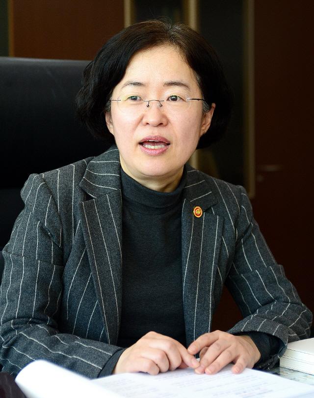 '삼성·LG 'TV 비방전' 위법성 있다면 공정위 전원회의서 다룰 것'