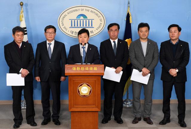 정치적 이기주의에 막힌 예산...'짬짜미·깜깜이'도 여전