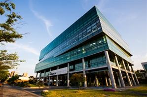 셀트리온헬스케어, 국내 바이오제약 기업 최초 '10억달러 수출의 탑' 수상