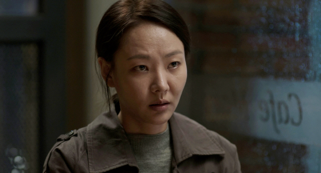 '호흡' 윤지혜, 평생을 죄책감에 짓눌린 채 살아가는 캐릭터..완벽 소화
