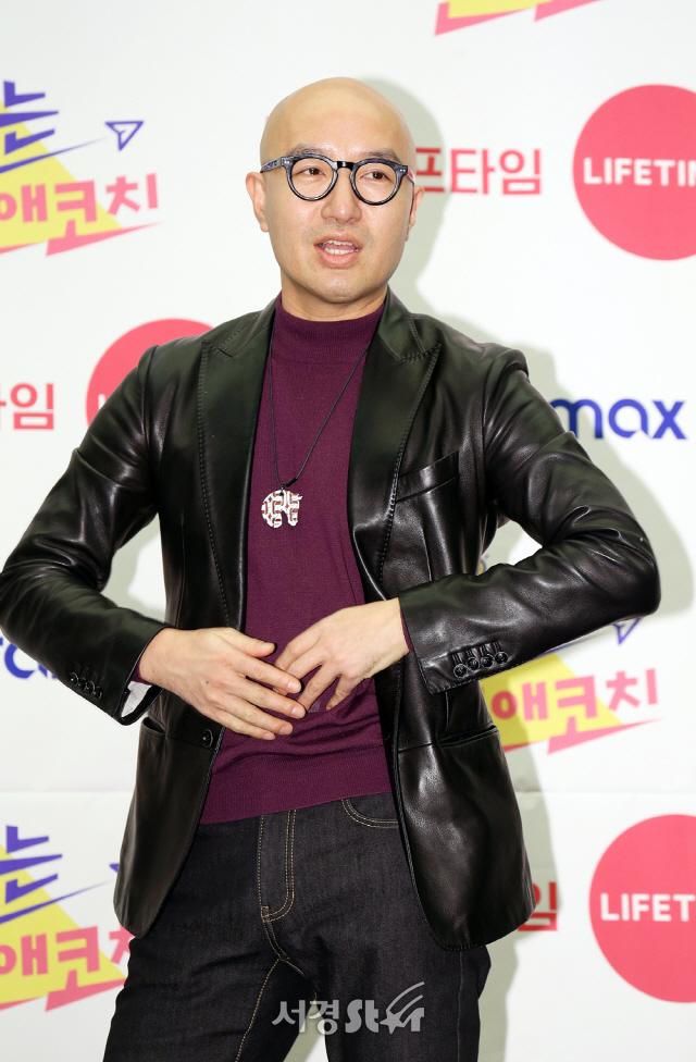 홍석천, 14년간 운영한 이태원 음식점 폐업..'골목은 그렇게 변한다'
