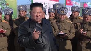 """""""北 중대 시험은 ICBM용 엔진…내년초 실제행동 나설 수도"""""""