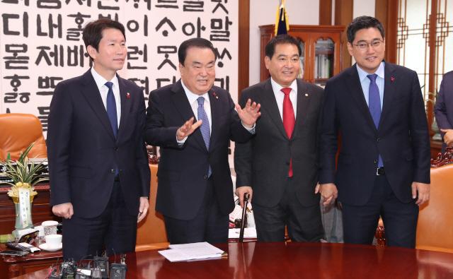 심재철 '필리버스터 철회…예산안 내일 처리키로 합의'(속보)