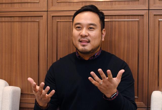 "[CEO&스토리]""내년이 글로벌 진출 원년...싱가포르 법인 세운후 곳곳에 JV 설립"""