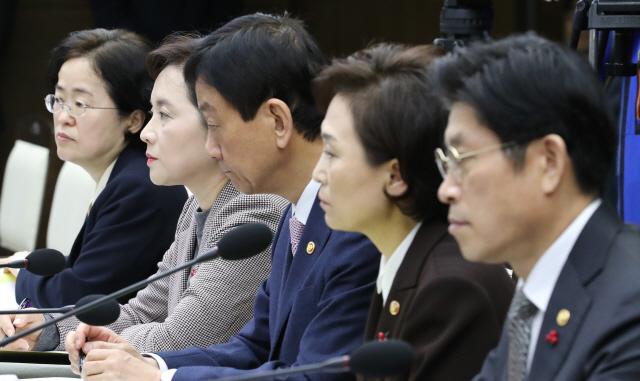 '우먼파워' 핀란드 내각...文정부 여성장관 50% 실현될까