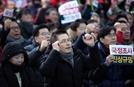 """황교안, 20만 지지자 앞에서 """"입법부만 남았다, 죽기 각오하고 싸우자"""""""