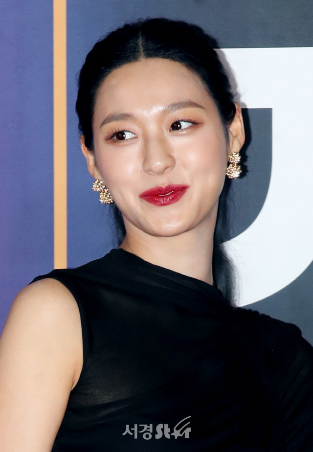 AOA 설현, 눈부신 MC (2019 SBS 가요대전)
