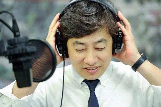 '모든 것 내려놓겠다'…'지하철 몰카' 혐의 김성준 전 SBS 앵커 재판에