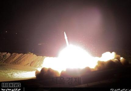 '이란, 이라크 주둔 미군기지들에 '2차 공격' 개시'