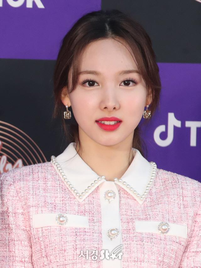 JYP 공식입장, 트와이스 나연 해외 스토커, 형사고발·접근금지가처분신청
