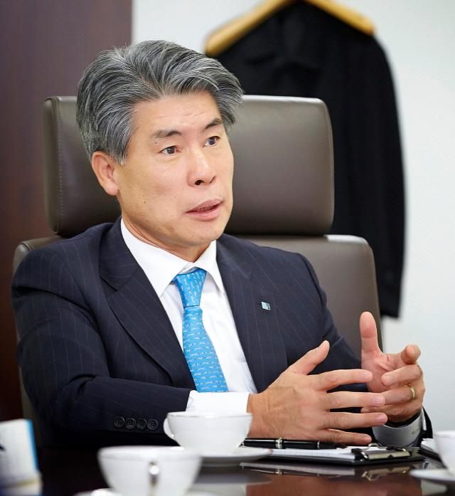 첫 공식 회의..윤종원 기업은행장 '혁신위해 TF 신설'