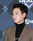 '사거리 그오빠' 김현중, 강렬한 아우라 (엠카운트다운)