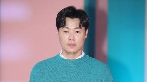 최현석 셰프, 사문서 위조 의혹..휴대전화 해킹 피해까지