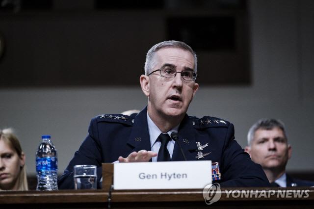 미국 합참차장 '북한 신형 미사일 방어 100% 확신'
