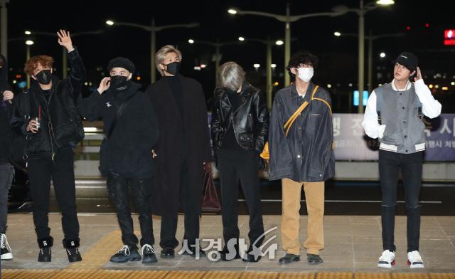 출국하는 방탄소년단(BTS)