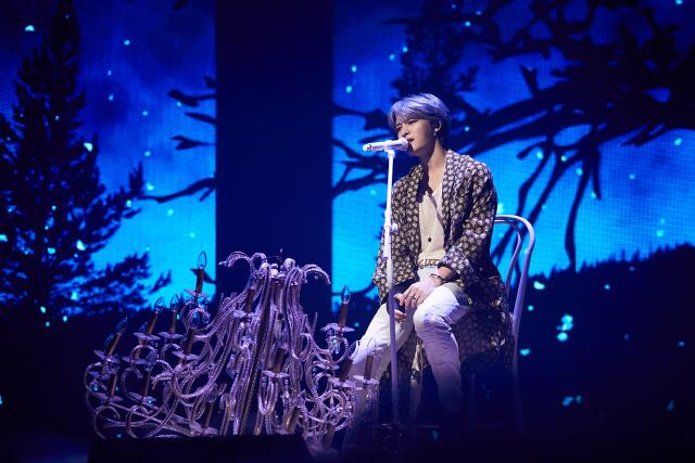 김재중, 서울서 亞투어 화려한 서막..약 4년 만에 팬들과 함께한 뜨거운 만남