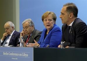 """'리비아 중재' 베를린 회담…""""내전 개입 않겠다"""""""
