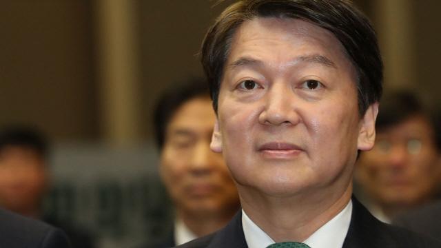 박지원, 광주 찾은 안철수 향해 '분위기 굉장히 냉소적…보수는 통합하지 못할 것'