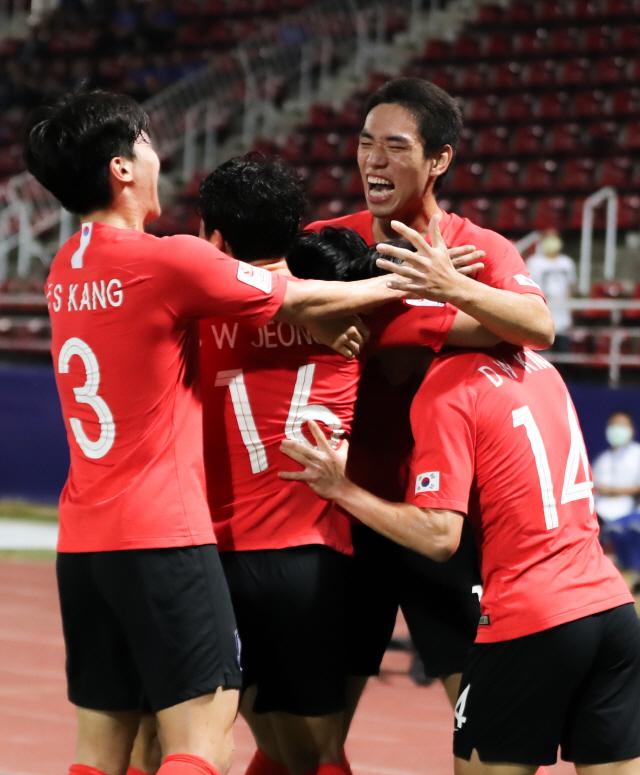 한국 남자축구 호주 꺾어, 세계 첫 9회 연속 올림픽 본선