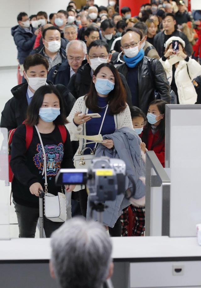 중국 '춘제 연휴기간 하루 평균 출입국자 187만명 전망'