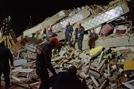 """터키서 규모 6.8 지진…""""최소 18명 사망·500여명 부상"""""""