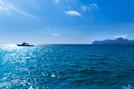 성묘객 탄 선박 침몰…1명 사망·9명 구조