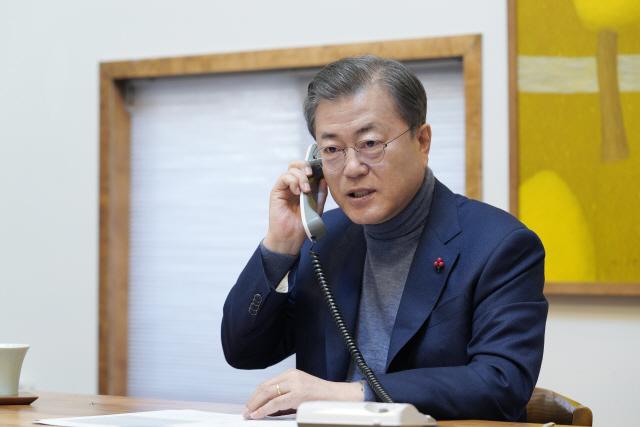 미국의 '우려'와 북한의 '계산' 속...文대통령의 '행동'이 시작됐다.