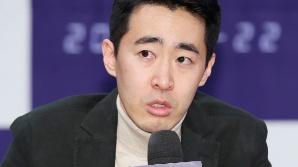 인사말하는 장준호 감독 (더 게임 제작발표회)