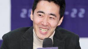 활짝 웃는 장준호 감독 (더 게임 제작발표회)