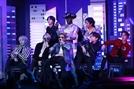 BTS, 한국 가수 첫 그래미 무대 공연 성공리에 마쳐