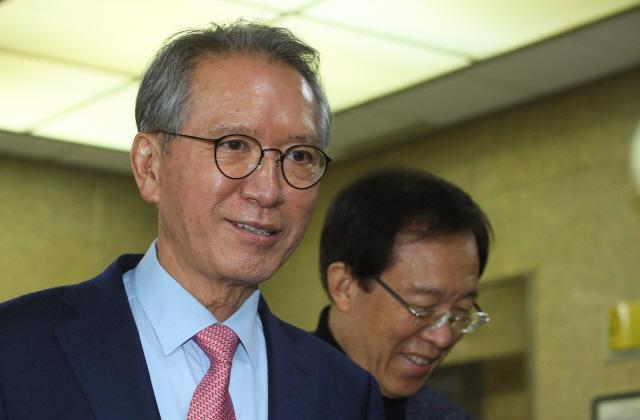 김형오 '청년가산점 실질적 재검토..현역 컷오프 과감하게'