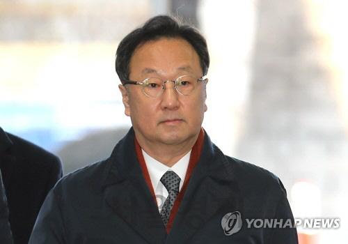 '인보사 의혹' 이우석 코오롱생명 대표 31일 두 번째 구속 심사