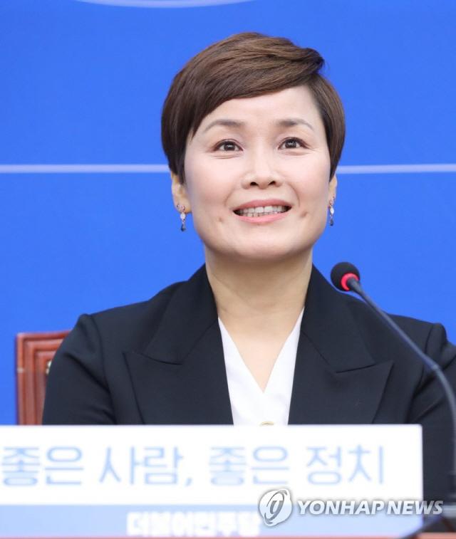 임오경, 민주당 15번째 영입 인재…'스포츠인 편견 깨고 싶다'
