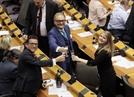 """유럽의회, 브렉시트 비준..NYT """"EU가 크게 패배"""""""
