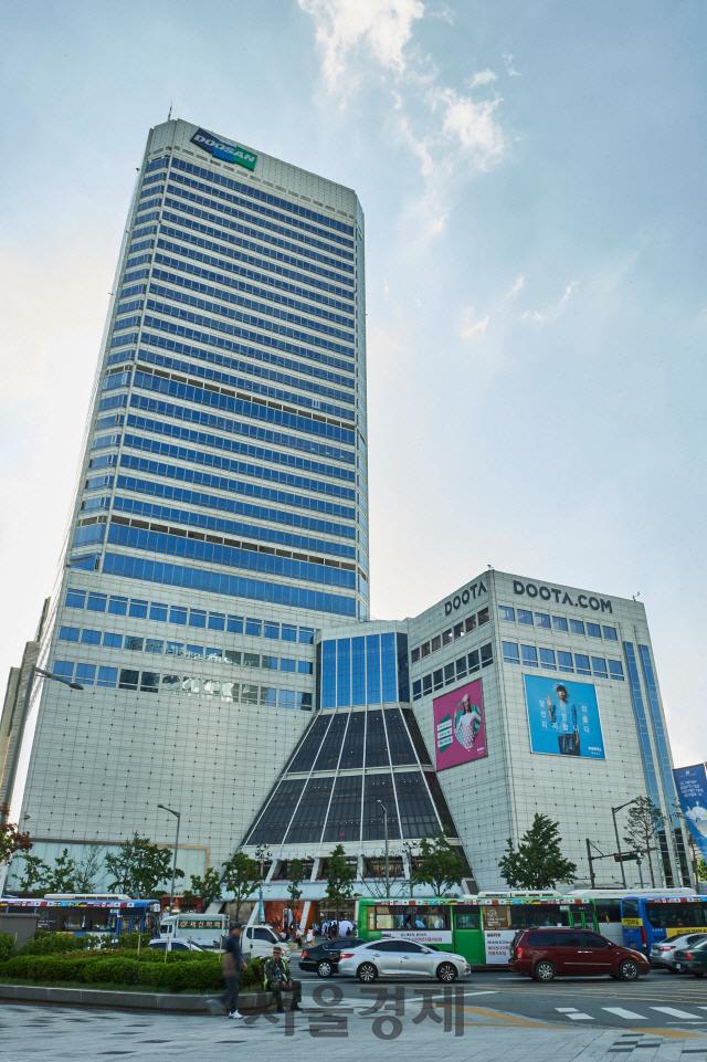 두산, 3년 연속 영업이익 1조원 돌파…전년比 7.3% 늘어