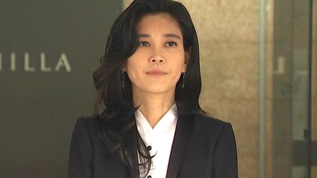이부진 호텔신라 사장, 아들 졸업식 참석…남다른 패션 감각 뽐내