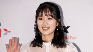 김혜윤, '선을 넘는 녀석들'서 역사 요정 등극…'SKY캐슬' 예서 소환