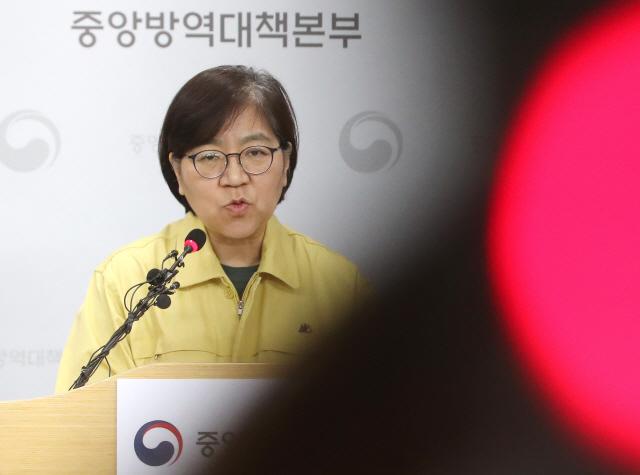 사실상 '팬데믹' 국면…의심환자 넓히고 '최고 위기단계' 논의