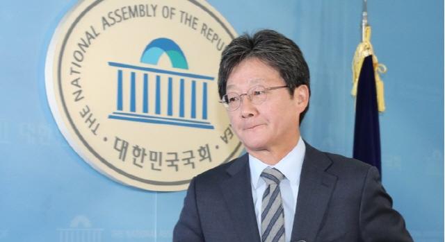 유승민 '김형오 갈수록 이상해지네', 김형오 '공천 기준은 엄격하다'