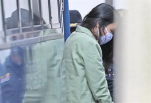 """고유정 """"아들 살해는 무죄"""" 무기징역에 네티즌 """"왜 사형 아니냐"""" 격노"""