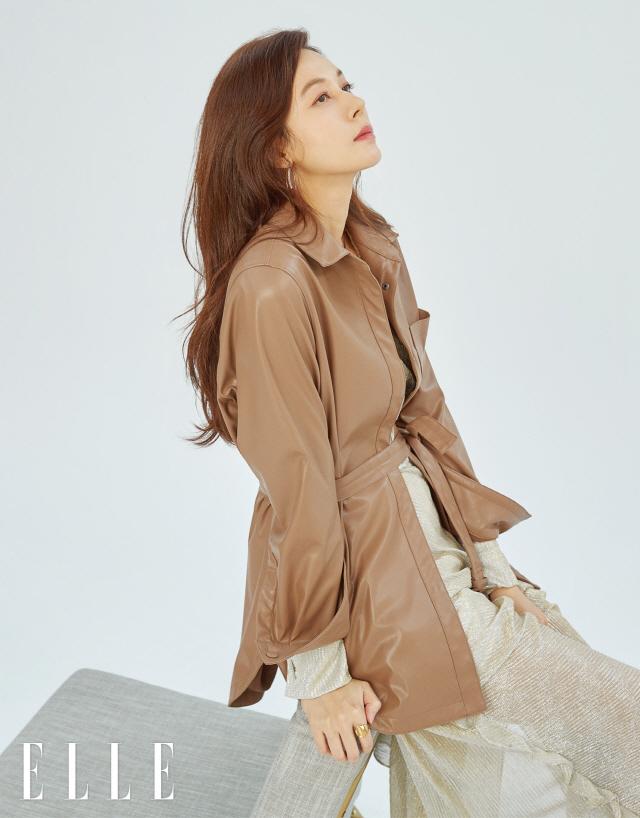김하늘, 그윽한 눈빛에 '두근' 오늘은 더 세련된 '도시여자'
