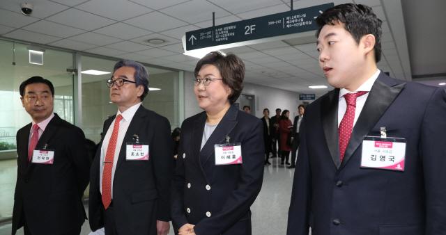 김형오, '유승민 불만 메시지'에 경고성 맞불