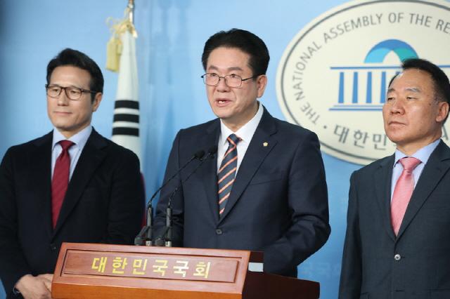 안철수계 이동섭 미래통합당 입당 '문재인 정권 폭주 막고 민생 살리는 길'