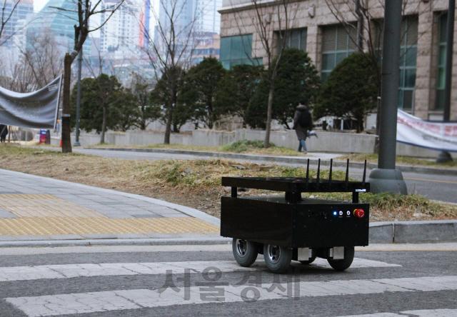 '자율주행' 도구공간, 시드투자 유치…'오는 3월부터 코엑스 순찰 로봇 제공'
