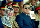'이집트의 봄'으로 쫓겨났던 '30년 집권' 무바라크 사망